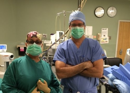 Dr. Hepler operating room - Orthopedic Spine Surgeon in Palm Beach County